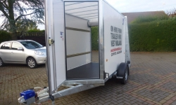 ifor-williams-box-van-trailerbv85-with-ramp-doors-3